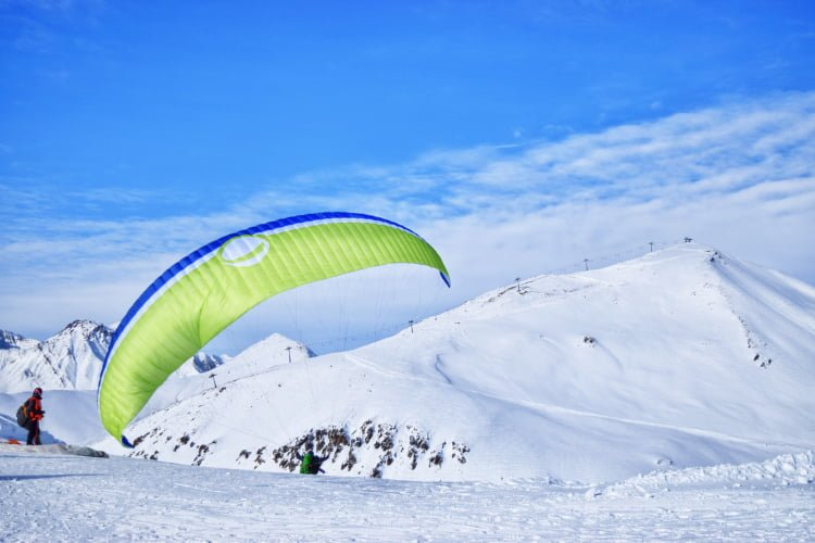 Paragliding in Gudauri from the top of the mountain