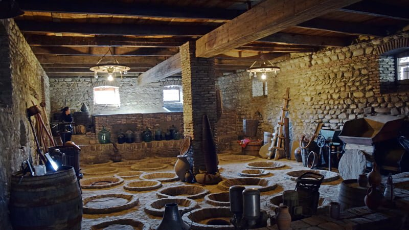 Numisi Winery, traditional wine making practices